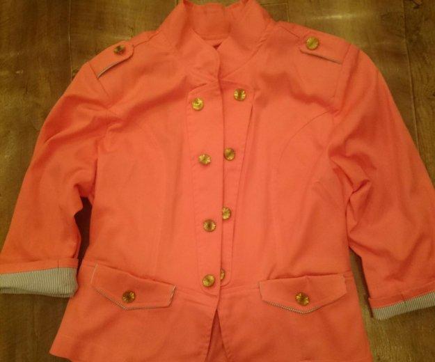 Пиджак стильный, состояние отличное. Фото 1. Магнитогорск.