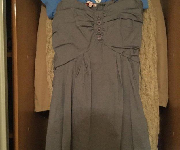 Платье (немного потёрто в одном месте ). Фото 1. Пятигорск.