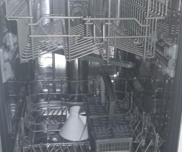 Немецкая новая посудомойка. Фото 2.