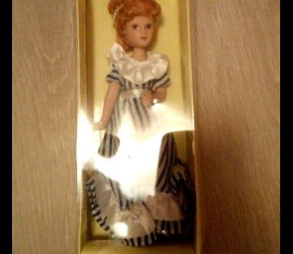 Фарфоровая кукла. Фото 1. Реутов.
