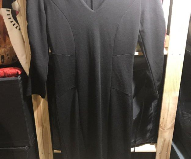 Черное теплое платье naf-naf. Фото 1. Москва.