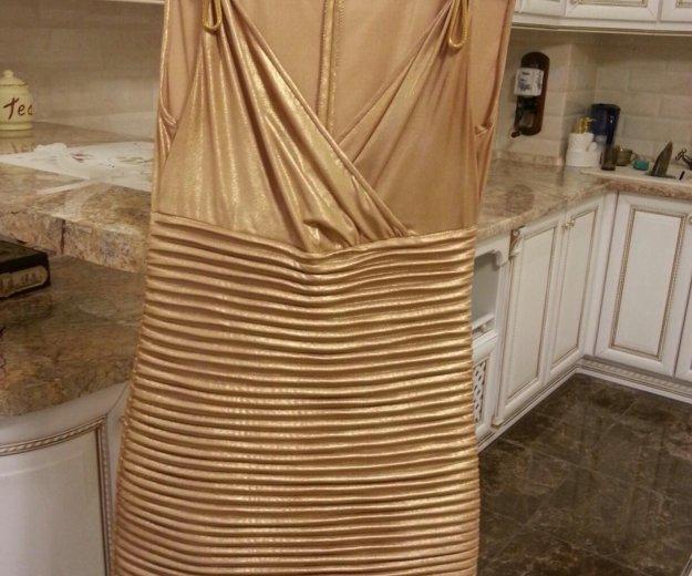 Шикарное платье под золото. Фото 2. Курск.