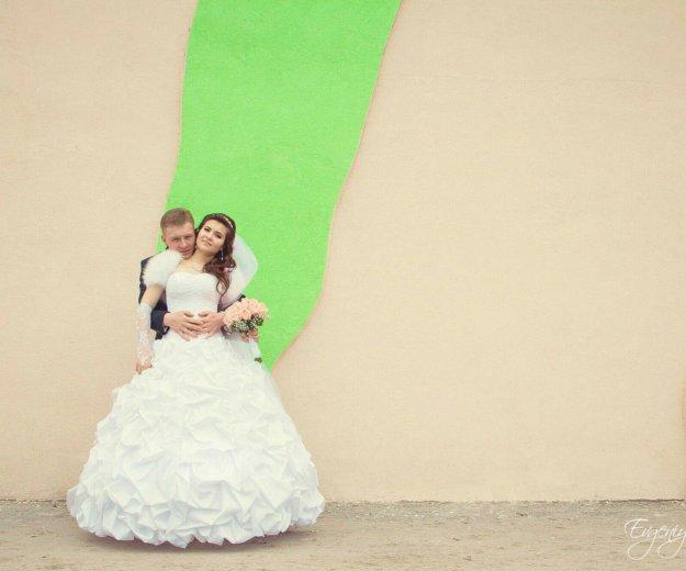 Свадебное платье,перчатки,накидка. Фото 1. Самара.