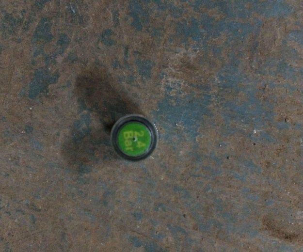 Колпачки на ниппель грузовых авто с датч.2,4 атм. Фото 1. Ростов-на-Дону.