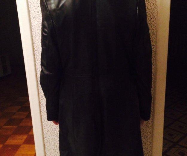 Кожаное чёрное пальто. Фото 1. Петрозаводск.