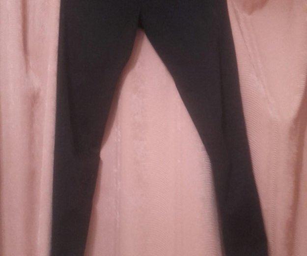 Зауженный джинсы на высокой талии из h&m. Фото 3. Саратов.