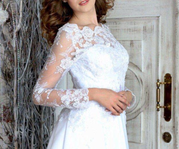 Свадебное платье в наличии. Фото 1. Красноярск.