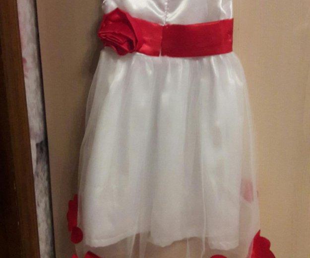 Платье для девочки на рост 92-98 см. Фото 1. Москва.