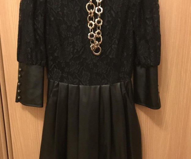 Красивое платье с кож.зам,почти новое. Фото 1. Красногорск.