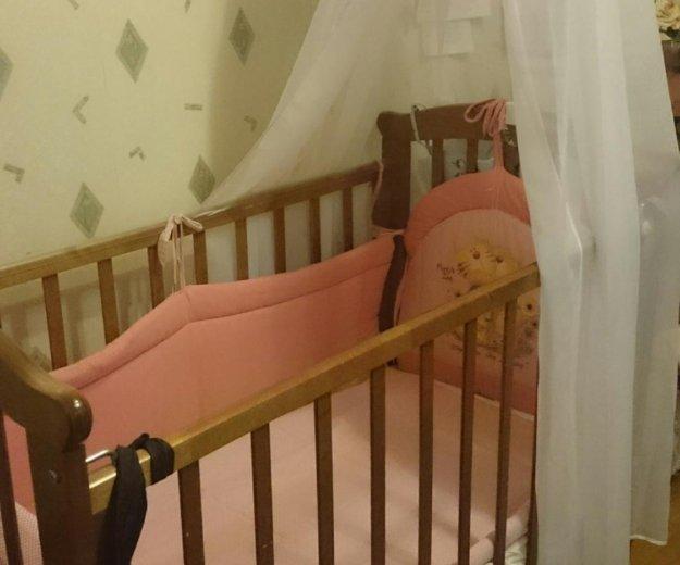 Детская кроватка с маятником. Фото 1. Томилино.