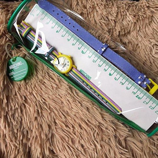 Часы наручные для подростка moschino teen. Фото 2. Москва.