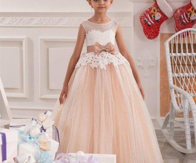 Платье на девочку. Фото 1. Москва.