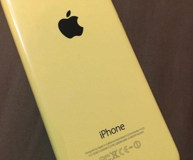 Iphone 5c 16 гб жёлтый. Фото 1. Москва.