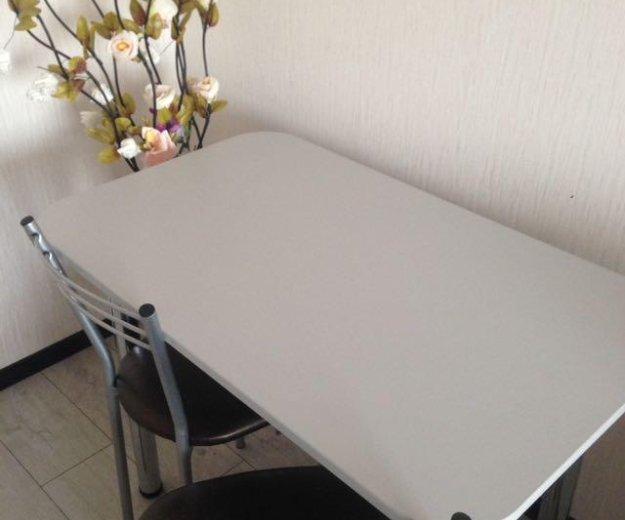 Кухонные столы. Фото 2.