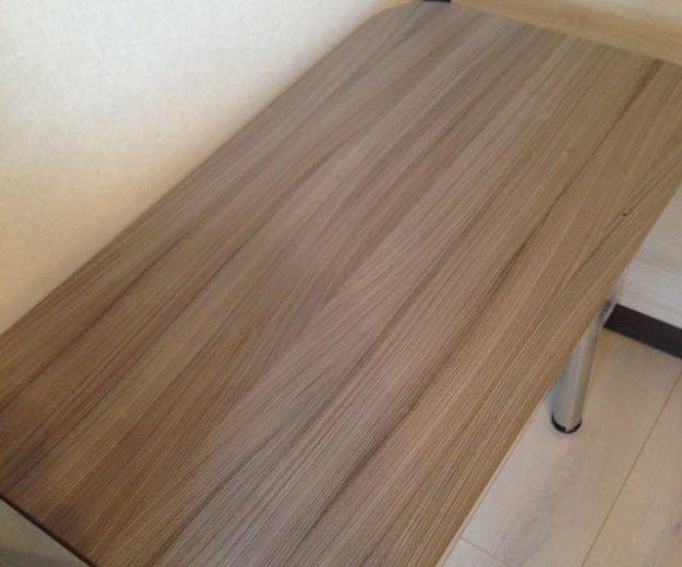 Кухонные столы. Фото 1.