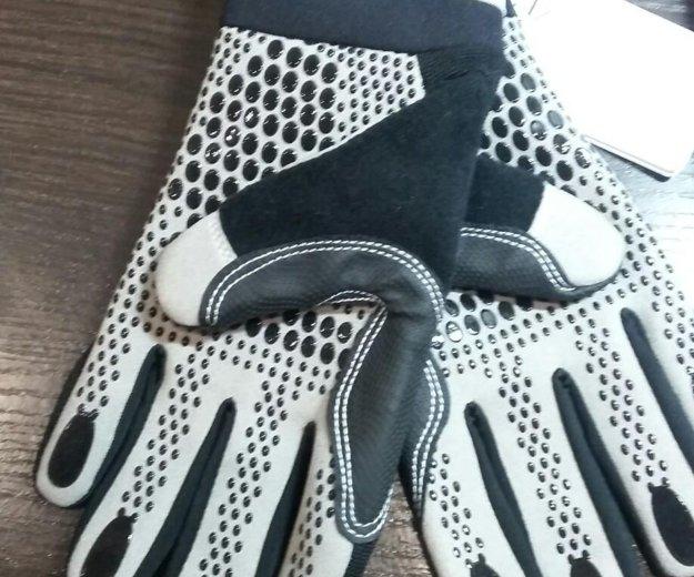 Новые перчатки. Фото 2.