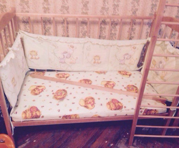 Кроватка+матрас. Фото 2. Санкт-Петербург.