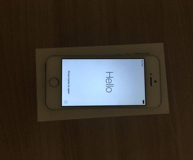 Iphone 5s silver 16 gb. Фото 1. Москва.