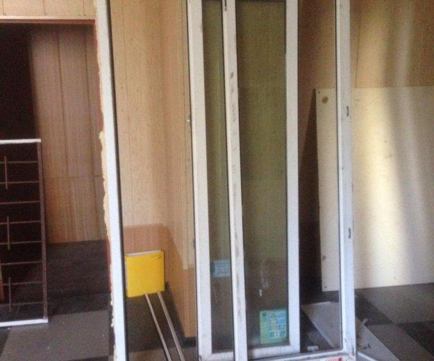 Окно или балконная дверь даром. Фото 1.