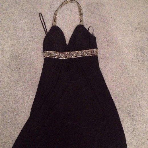 Платье до колена 44-46 размер. Фото 1. Казань.
