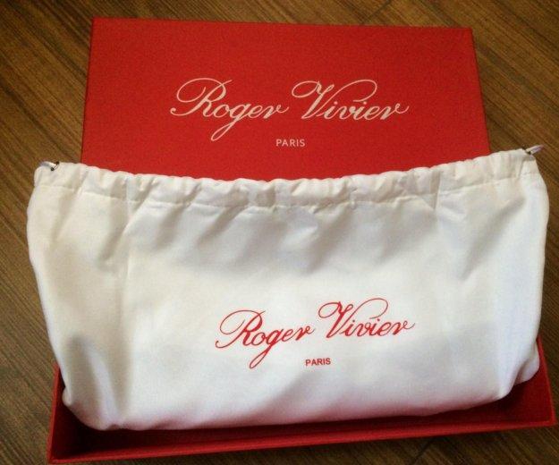 Клатч новый roger vivier ( франция). Фото 3. Видное.