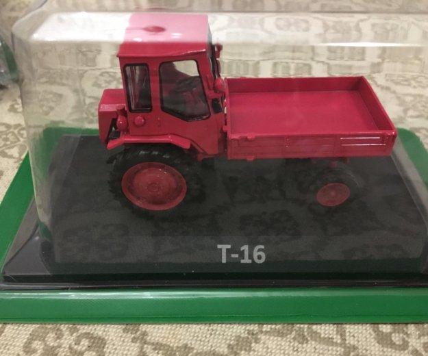 Модельки трактор. Фото 1. Ессентукская.