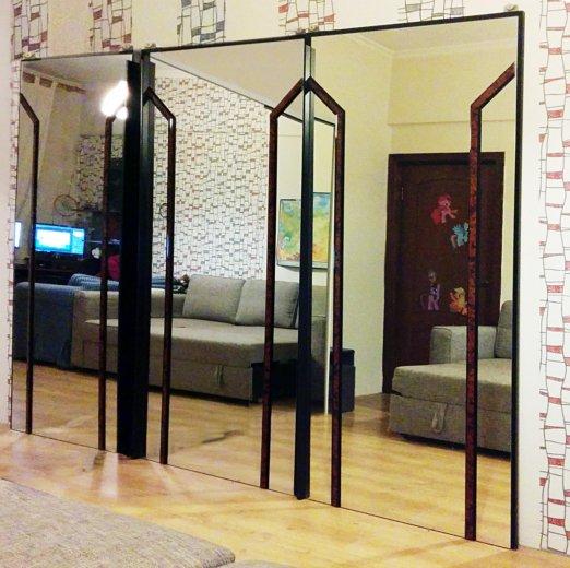 Двери зеркальные раздвижные. Фото 1. Москва.