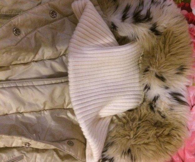Куртка с меховым воротником. Фото 3. Москва.