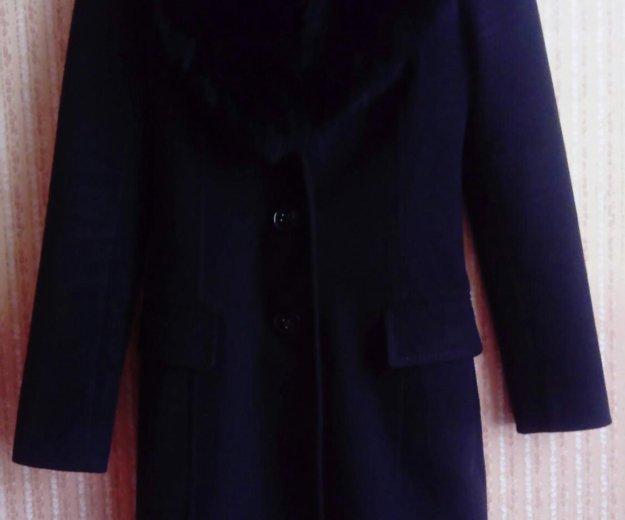 Пальто с мехом. Фото 1. Москва.
