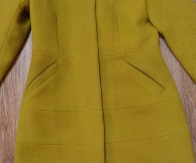 Пальто женское. Фото 1. Видное.