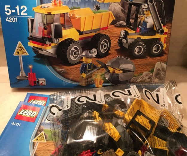 Конструктор lego 4201 погрузчик и самосвал. Фото 2. Москва.