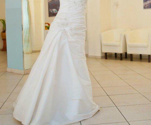 Свадебное платье diane legrand. Фото 2. Санкт-Петербург.
