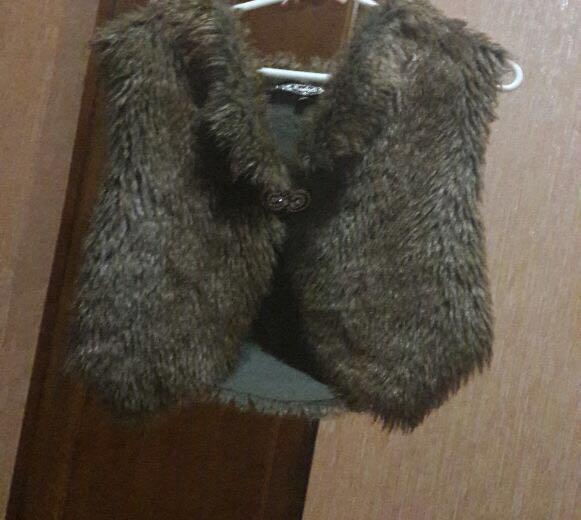 Куртка с меховой жилеткой. Фото 2.