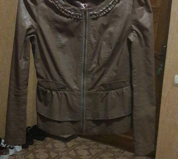 Куртка с меховой жилеткой. Фото 3.