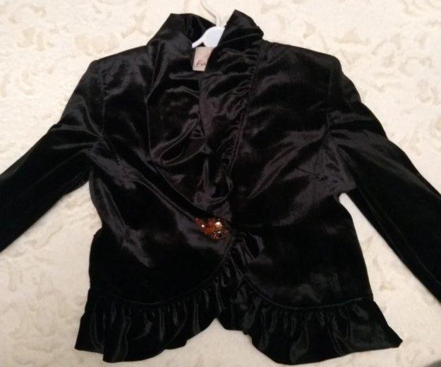 Велюровый нарядныц пиджак. Фото 1. Владикавказ.