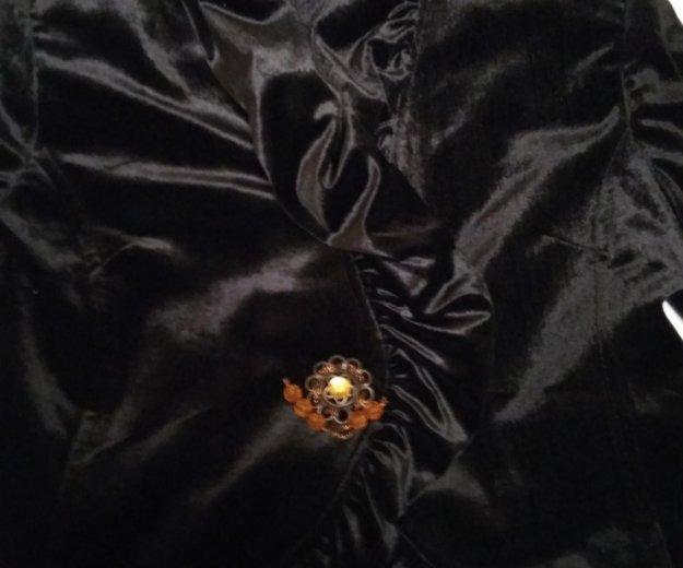 Велюровый нарядныц пиджак. Фото 2. Владикавказ.