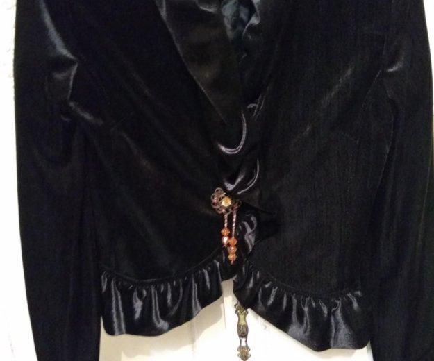 Велюровый нарядныц пиджак. Фото 3. Владикавказ.
