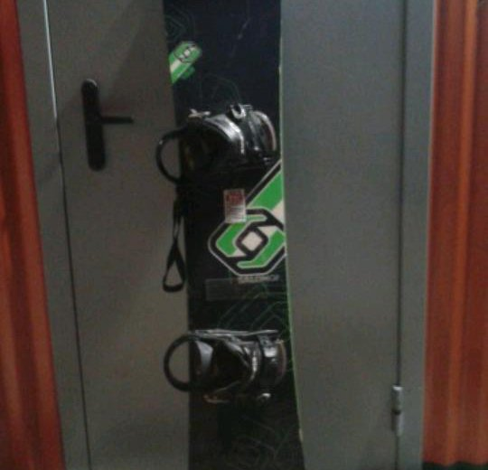 Сноуборд+крепы. Фото 2. Набережные Челны.