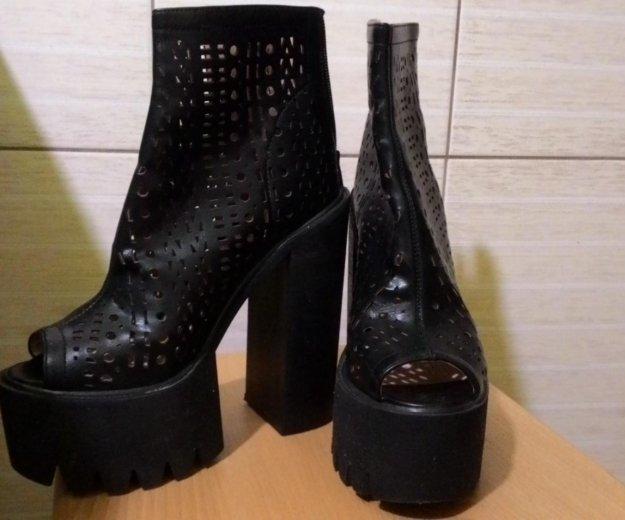 Ботинки стильные. Фото 1. Сочи.