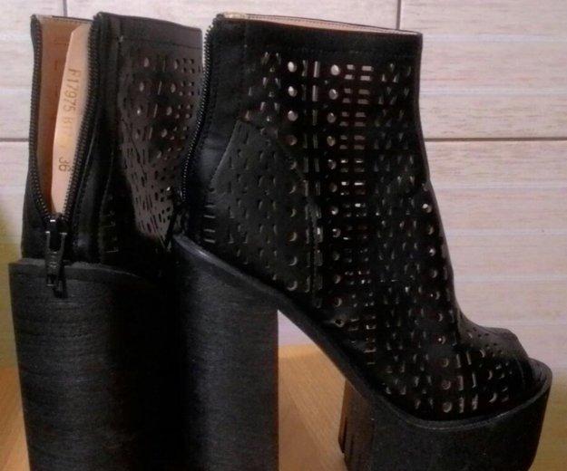 Ботинки стильные. Фото 3. Сочи.