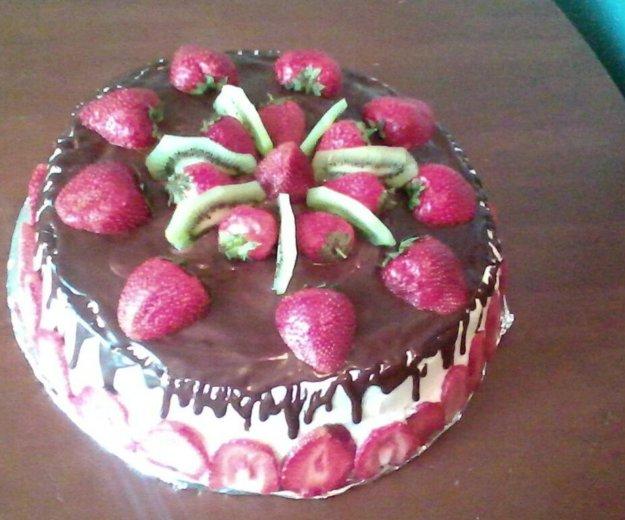 Вкусние торты на заказ, фруктоми, сливкоми,. Фото 2. Санкт-Петербург.