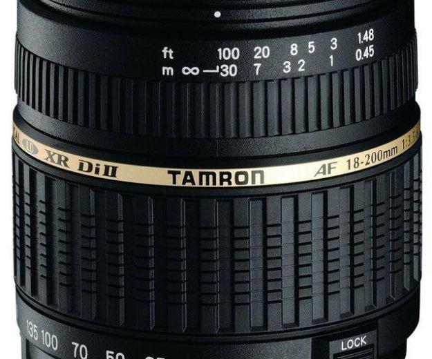 Canon tamron af 18-200mm. Фото 1. Москва.