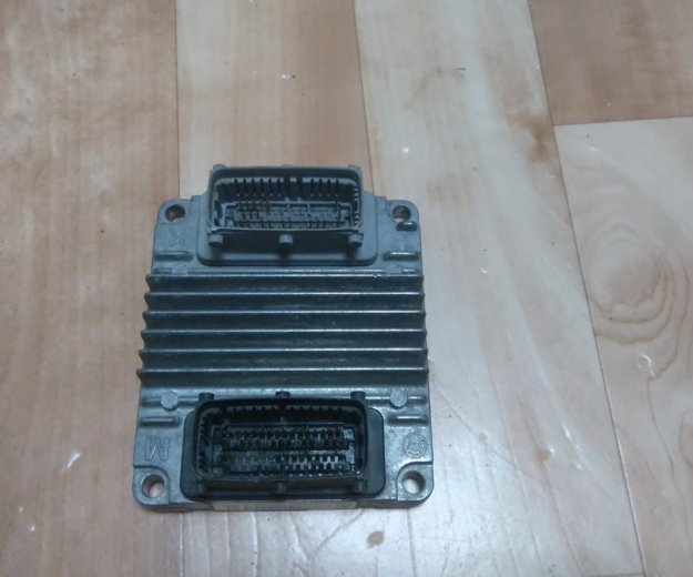 Блок управления двигателем aveo t-200 v1.4. Фото 2. Тюмень.