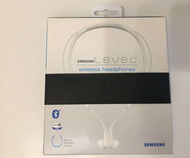 Bluetooth-гарнитура samsung level u. Фото 1. Москва.