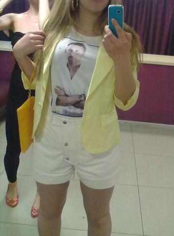 Желтый пиджак. Фото 1. Набережные Челны.
