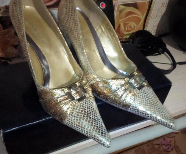 Продам туфли ,одевала один раз. Фото 1. Новосибирск.