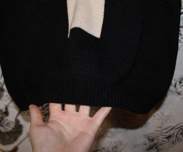 Свитер черный с крестом. Фото 3. Набережные Челны.
