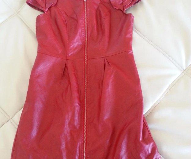 Кожаное красное платье. Фото 3. Тюмень.