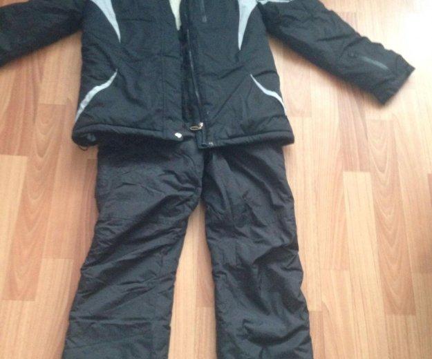 Тёплый костюм , размер примерно 48, бу 2 раза. Фото 2. Хабаровск.