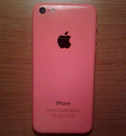 Iphone 5c. Фото 2. Омск.